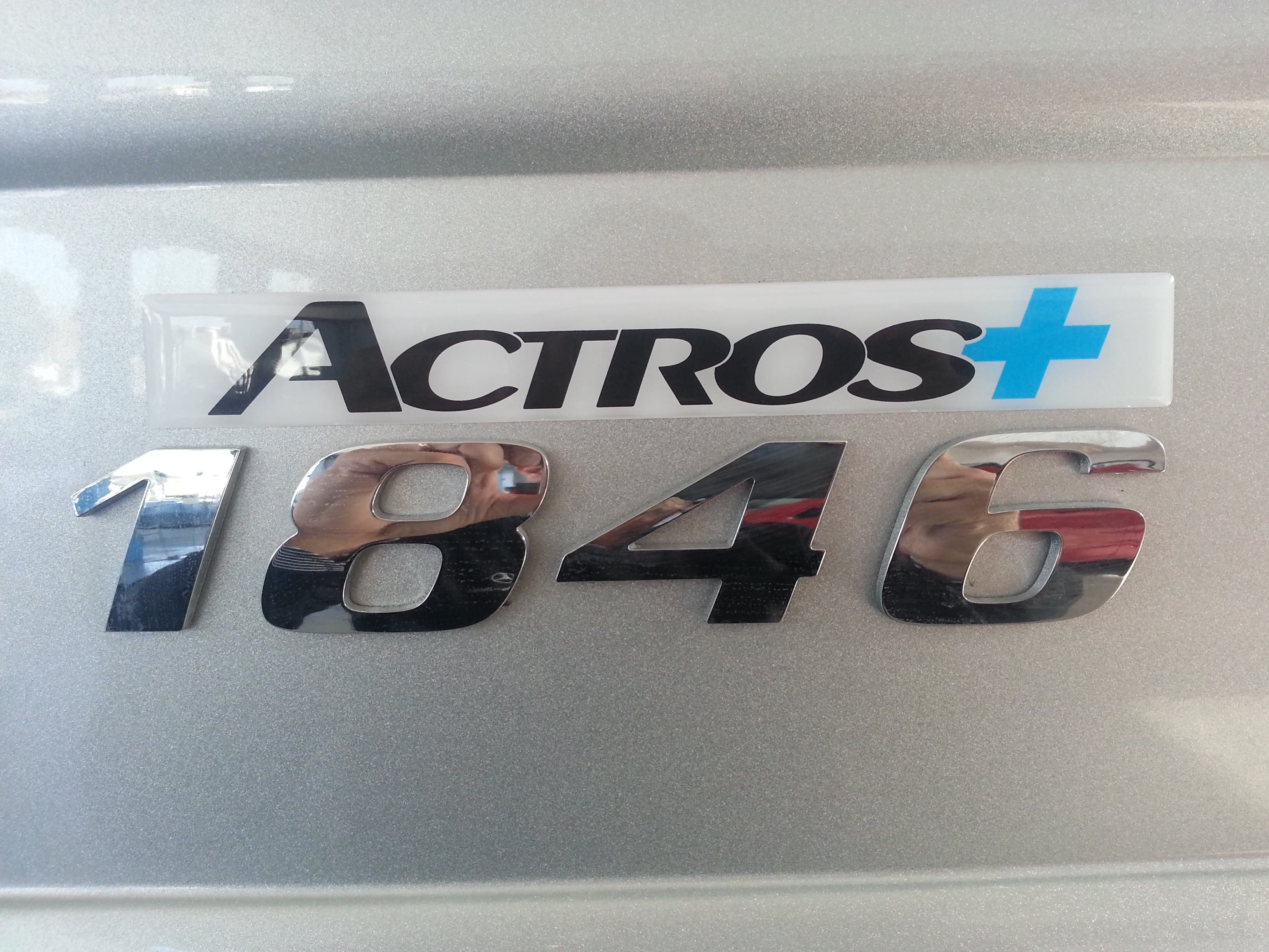 MERCEDES BENZ ACTROS 1846 + MEGA SPACE