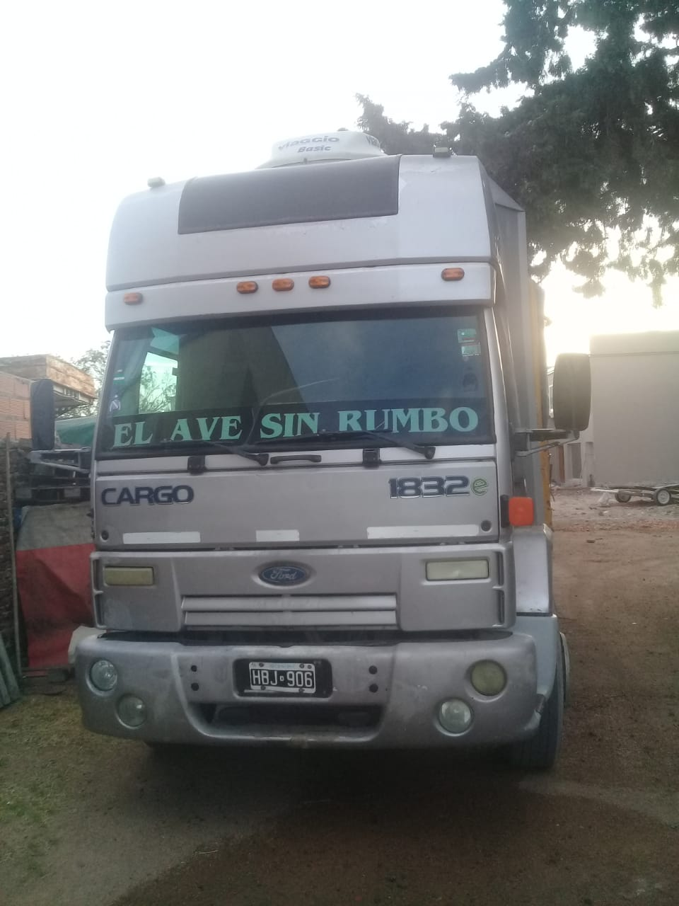 Ford 1832…2008   $ 970.000