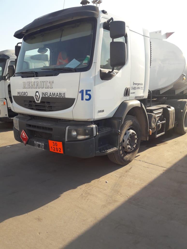 Renault 380…2010…tractor…$1.300.000