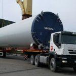 Camiones Iveco trasladan piezas al Parque Eólico de Chubut