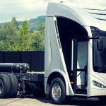 Irizar presentó el IE Truck, que competirá con el Tesla